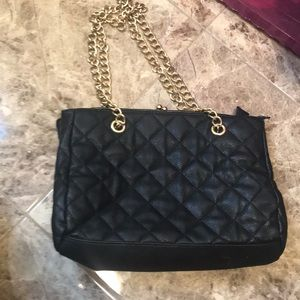 Forever 21 black and gold chain purse